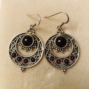 Vintage sterling earrings w/cabochon garnet stone